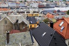 Toits de vieux Bergen Photographie stock libre de droits