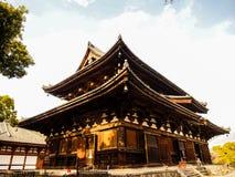 Toji świątynia z niebieskim niebem, Kyoto, Japonia fotografia stock