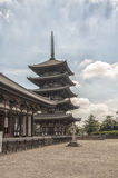 Toji Pagoda i Kyoto, Japan. Fotografering för Bildbyråer