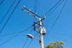 Tokigt kubanskt elektriskt raster, Santa Clara, Kuba arkivfoto