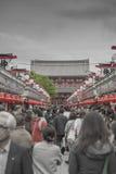 TOKIO - 30 DE MAYO: Calle de las compras de Nakamise en Asakusa, Tokio en 3 Imágenes de archivo libres de regalías