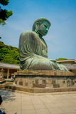 TOKIO, JAPÓN 28 DE JUNIO - 2017: Estatua de bronce monumental del gran Buda en Kamakura, Japón Foto de archivo
