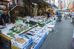 TOKIO JAPONIA, LIPA 26 Ameyayokocho zakupy ulica na Lipu 26, -, Zdjęcie Royalty Free