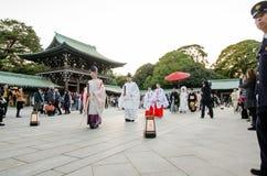 Tokio Japonia, Listopad, - 23, 2013: Japońska ślubna ceremonia przy świątynią Fotografia Stock