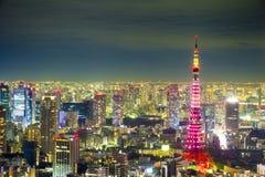 Tokio pejzażu miejskiego sceny nighttime od niebo widoku Roppongi H Fotografia Royalty Free
