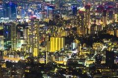 Tokio pejzażu miejskiego sceny nighttime od niebo widoku Roppongi H Zdjęcie Stock