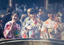 TOKYO - CIRCA JUNE, 2016: Sensoji-ji Red Japanese Temple in Asakusa, Tokyo, Japan on May 16,2016 Royalty Free Stock Photos