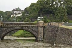 Tokyo, imperialistisk slott och bro Fotografering för Bildbyråer