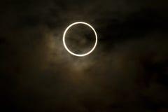 Tokyo, Japan - 21. Mai: Ringförmige Eklipse Lizenzfreie Stockbilder