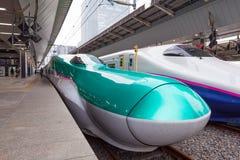 Tokyo Japan - April 1,2015: E5 serien Hayabusa Fotografering för Bildbyråer