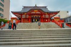 TOKYO, JAPAN JUNI 28 - 2017: Het heiligdom van Hanazono Jinja Shinto van het Hanazonoheiligdom in Shinjuku-afdeling, gewijd aan I Royalty-vrije Stock Afbeeldingen