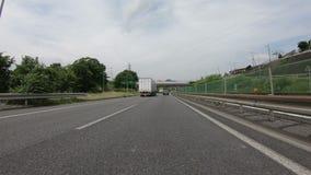 Tokyo, Japan - 22. Juni 2018: POV des Verkehrs auf der Autobahn in Richtung zu in Tokyo stock footage
