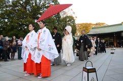 TOKYO JAPAN-NOV 20: Japansk bröllopceremoni Royaltyfria Bilder