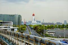 Tokyo Japan, Odaiba ö Enskeniga järnvägen, Yurikamome Museum av marin- vetenskaper arkivfoto