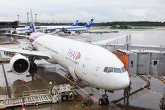 TOKYO JAPAN-SEPTEMBER 10 : thai airways plane boeing 777-300 er Stock Images