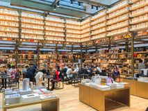 TOKYO, JAPON - 26 juillet 2017 : Librairie de Tsutaya dans le Ginzasi Photographie stock