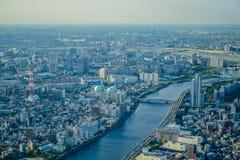 TOKYO, JAPON - MAI 2016 : Vue aérienne de ville de Tokyo prise à partir du dessus de la tour de Tokyo Skytree Photos stock