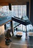 Tokyo, Japon - 21 novembre 2013 : Touristes non identifiés au centre de touristes de culture d'Asakusa Images stock