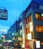Tokyo lutandeförskjutning Arkivfoton