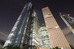 Tokyo-Luxuxhöhen-Anstiege stockfotos