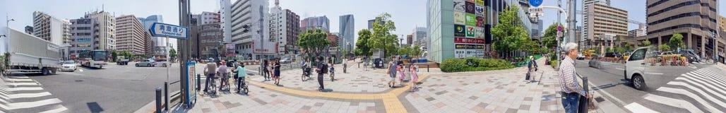 TOKYO - 22 MAI 2016 : Touristes près de station de Kachidoki Tokyo ATT photo stock