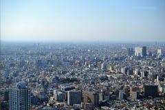 Tokyo mega stad från birdeyeperspektiv, från ovanför JAPAN arkivbild