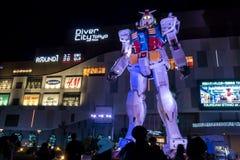 TOKYO 28. NOVEMBER 2015: Gundum-Roboter an Taucherstadtamtst. Stockbilder