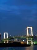 Tokyo-Regenbogen-Brücke stockfotos