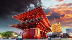 Tokyo - Sensoji-ji, tempel i Asakusa, Japan arkivfilmer