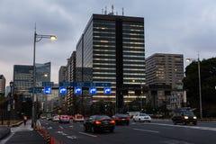 Tokyo-Skyline und -straßen lizenzfreie stockfotografie