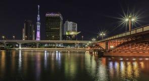 Tokyo-skytree nachts stockbilder