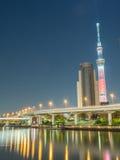 Tokyo Skytree nella vista della luce notturna Immagini Stock Libere da Diritti