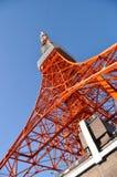 Tokyo-Turm, Tokyo-Markstein mit blauem Himmel Lizenzfreies Stockbild