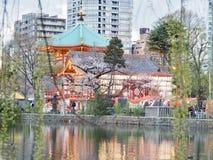 Tokyo Ueno - wanneer Modern ontmoet Traditie stock fotografie