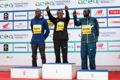 Tola, Ruto и Bitok, покрывают 3 в марафоне 2017 Рима Стоковое Изображение
