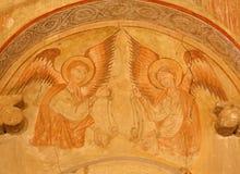 Toledo - ängelfreskomålning i den kyrkliga San romaren. Arkivbild