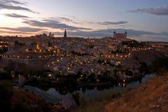 Toledo bij schemer royalty-vrije stock afbeelding