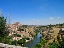 Toledo ed il Tago, un'immagine naturale stessa Spagna fotografie stock