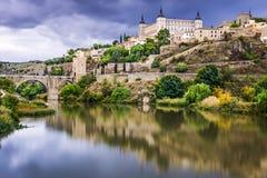 Toledo, Hiszpania na Tagus rzece Zdjęcie Royalty Free