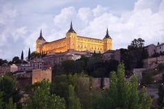 Toledo på skymning, horisont för Spanien gammal stadstad Arkivbilder