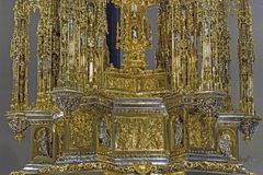 Fragment of the Monstrance in the treasury of Cathedral of Toled. TOLEDO, SPAIN - MAY 25, 2017: This is a fragment of the gilded Monstrance in the treasury of St Royalty Free Stock Photos