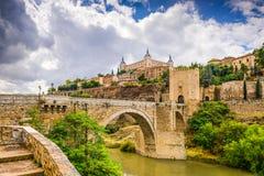 Toledo Spain sul fiume Fotografia Stock Libera da Diritti