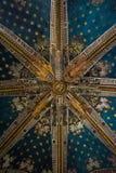TOLEDO, SPANIEN - 8. FEBRUAR 2017: Eine Decke der Primas-Kathedrale der Heiliger Maria von Toledo Lizenzfreies Stockfoto