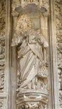 Toledo - St Mark la statua dell'evangelista dall'atrio di Monasterio San Juan de los Reyes Fotografie Stock Libere da Diritti