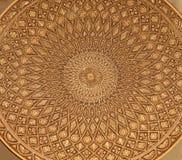 Toledo - szczegół typowy damaszkuje talerz. Tradycyjny rękodzieło z metalem zdjęcia stock