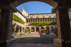Tolentino - Church of San Nicola, cloister Stock Images