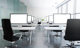 tolkning 3d av klassrumet med vita skärmar Fotografering för Bildbyråer