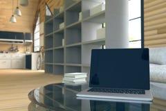 tolkning 3D: illustration av närbildbärbara datorn på den glass tetabellen i trähusinre vardagsrumdel av huset Royaltyfri Fotografi