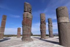 Toltecstrijders in Tula - Mesoamerican archeologische plaats, Mexico stock afbeeldingen