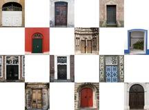 Tolv dörrar i olika stilar Arkivbilder